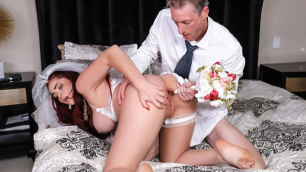 Reality Kings - The Cum Spattered Sexy Bride Skyla Novea