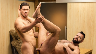 Men - To Protect And Service The Dick With Cum Dato Foland And Victor D'Angelo