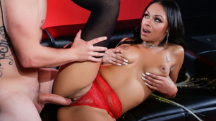 Bethany Benz Has Sex Under The Sexual Glow