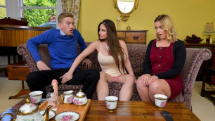 Brazzers - The Perfect Host Cathy Heaven