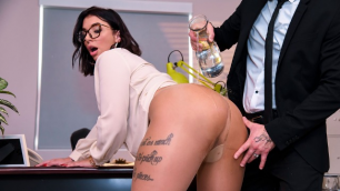 Brazzers - After-Hours Anal With Ivy Lebelle