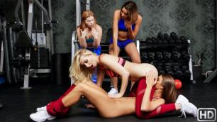 Reality Kings - Sierra Nicole Ran Into Her Old Friend Tara Ashley In Workout Fit