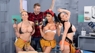 Sexy Workers Krissy Lynn, Mia Lelani And Romi Rain In Getting Some Satisfaction
