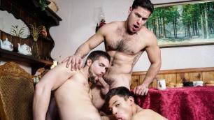 Men - Twink Peaks Part 3 Hot Cocks Aspen , Griffin Barrows , Xander Brave