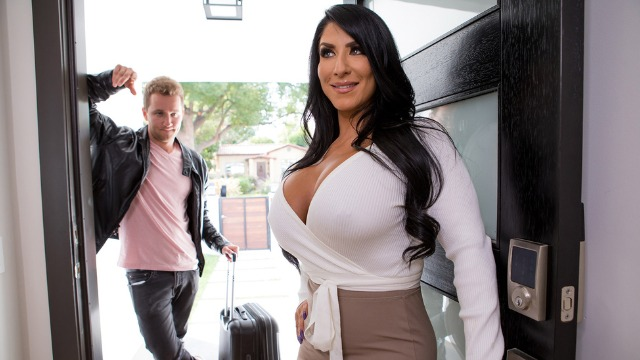 Brazzers - Raven Hart Leads Him To His Room In Scavenger Hump