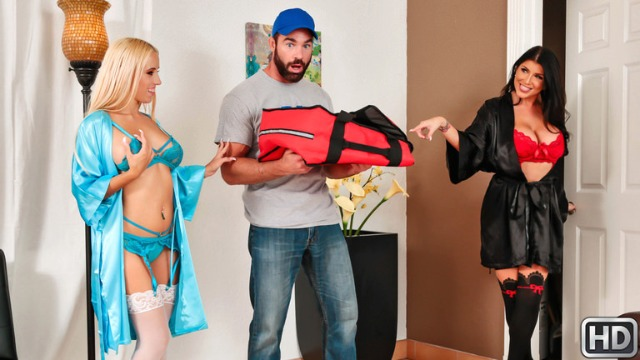 Reality Kings - Huge Tip For Pizza Sluts Romi Rain And Aspen Romanoff