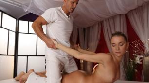 Massageroom - Angel Piaff Gets Good Fuck