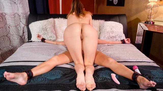 Lesbea -  Sex Toy Orgasms Cindy Shine And Elina De Lion Gets Orgazm