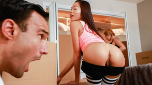 Reality Kings - Dick In A Box For Vina Sky