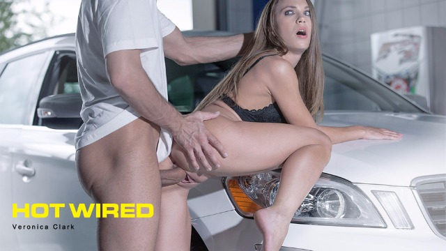 Babes - Veronica Clark Wants To Be Punished Right In The Garage In Hot Wired