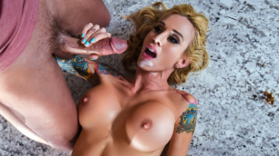 Brazzers - Buxom Sarah Jessie Takes It Thick And Creamy
