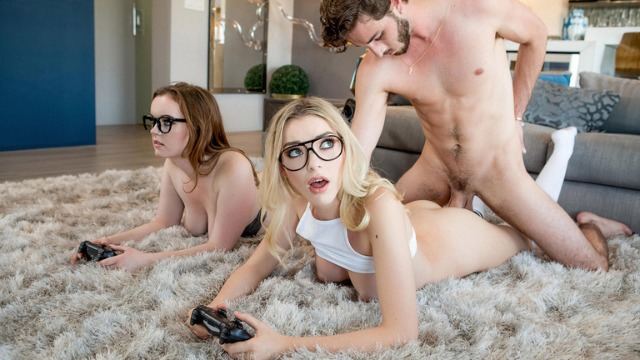Reality Kings - Cute Babes Anny Aurora And River Fox In Three Player Game