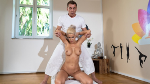 Massagerooms - Erotic Massage For Slut MILF Blanche Summer