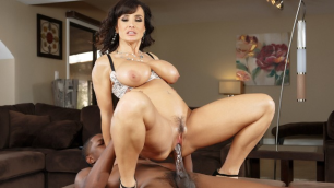 Brazzers - Lisa Ann's Huge Secret