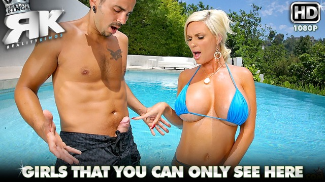 Diamond Foxx Asked Me To Penetrate Her Ass In The Breast Stroke