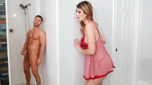 Digital Playground - Michele James' Shower Secret