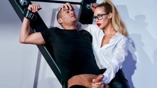 Brazzers - He's Going To Survive His Encounter With Nicole Aniston