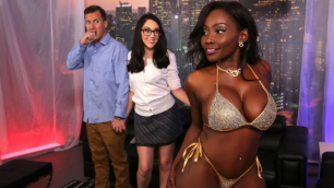 Brazzers - Nickey Huntsman Gave Surprise Osa Lovely On The Strip Club For Husband