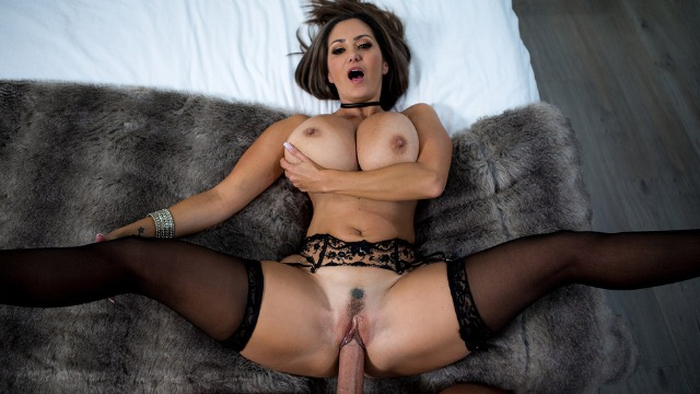 Rent-A-Pornstar Busty Ava Addams For Lonely Bachelor