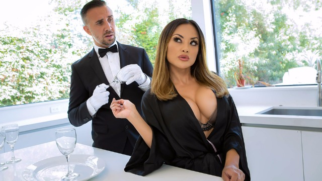 Kaylani Lei Has Fun With The Butler