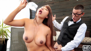 The Bartender Fucked The Insatiable Slut Tiffany Rain