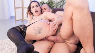 Squirting Latina Kiara Strong's Big Dick Fuck