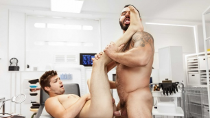 Men - The Flash : A Gay XXX Parody Part 3 A Time Of Great Change Jessy Ares , Johnny Rapid