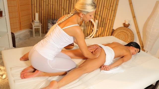 Massagerooms - Very Hot Massage Keira Night And Lola Myluv
