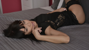 Momxxx - Hot MILF Sex In Stockings And Heels Sasha Colibri In Ecstase Cum