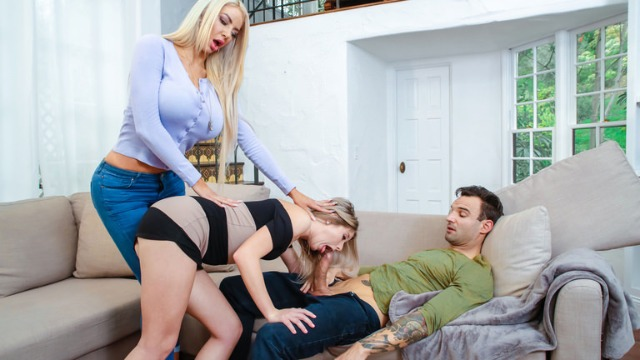 Reality Kings - Dick Pic Message Gets Sent Over From Man to Hot Vienna Rose And Nicolette Shea