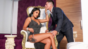 Unobtainable Anal With Mariana Martix