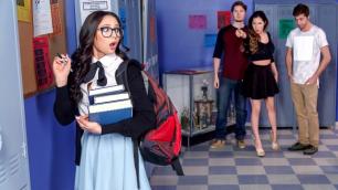DigitalPlayground - Student Ariana Marie Nerds Episode 1