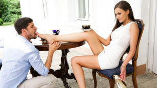 21Sextury - Tina Kay Wants His Throbbing Cock In The Golden Shoes