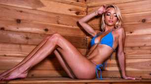 Brazzers - Blonde Cutie Paisley Rae In Sauna Seduction
