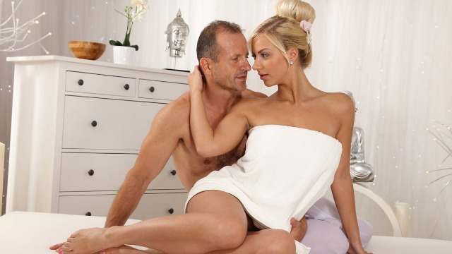 Massagerooms - Massage With The Dick In A Pussy Milf Nathaly Cherie