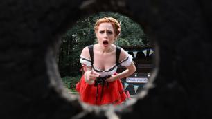 Brazzers - Ella Hughes Is Busy Rehearsing For Oktoberfucked
