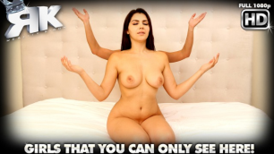 Curvy Teens Valentina Nappi And Rahyndee James In Suck It Good