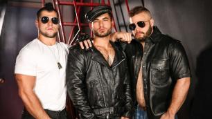 Men - Revved Up Part 3 Horny Juices Gays Aspen , Daxx Carter , Vadim Black