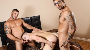 Men - Sneaky Slut Jack Kross, Ryan Bones And Tobias James Enjoy Sex
