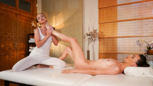 Massage Rooms - Adel's Morel Foot Massage For Sexy Natural Babe Cristal Caitlin
