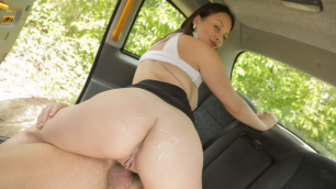 4 Loads of Spunk for Teen Mia Rose