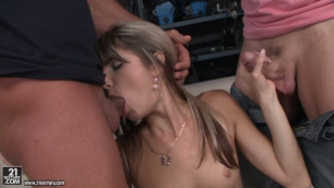 21Sextury - Shooting Gone Wrong As Doris Ivy Wanted And Happened Threesome