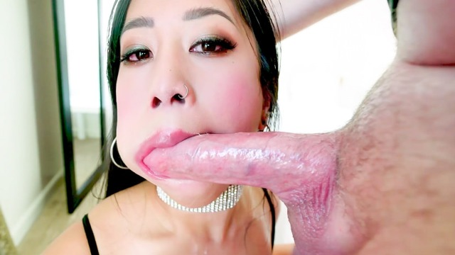 POV-Blowjob Spit Cum In Asian Jade Kush's Cleavage