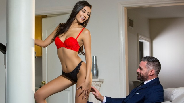 Babes - It's Time For Gianna Dior In Branching Out